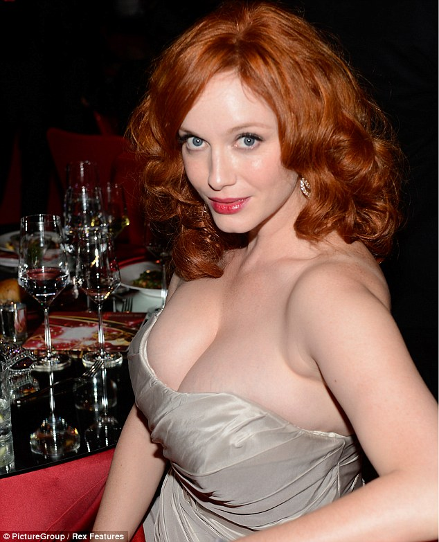 busty girl from mad men fair skin classic pinup look