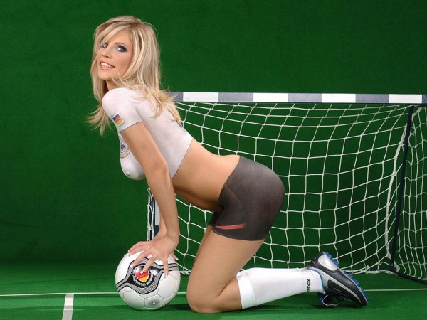 blonde spain hot babe in body paint futbol soccer world cup hot