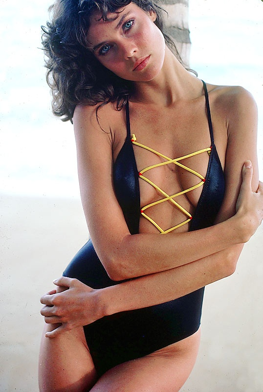 carol alt sports illustrated bikinis hot brunette 1980s